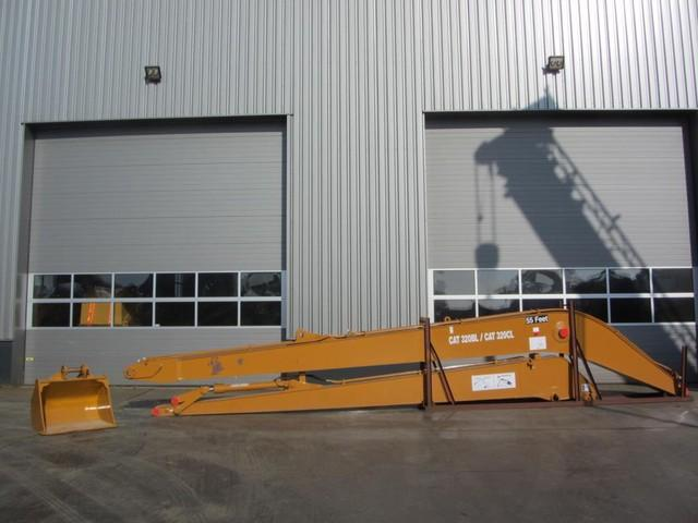 Caterpillar 320B/320C Long Reach boom including bucket