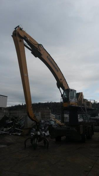 Liebherr A944 C HD Lit. High Rise