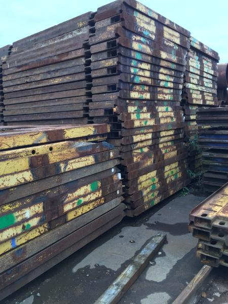 Krings plates for slide rail shoring 3500x2400