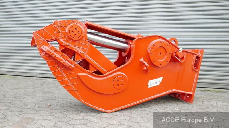 ACDE ASC-1750, 1750 kg Concrete crusher rigid,
